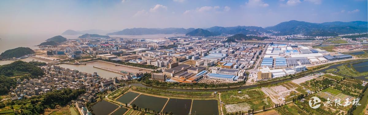 滨港工业城航拍图