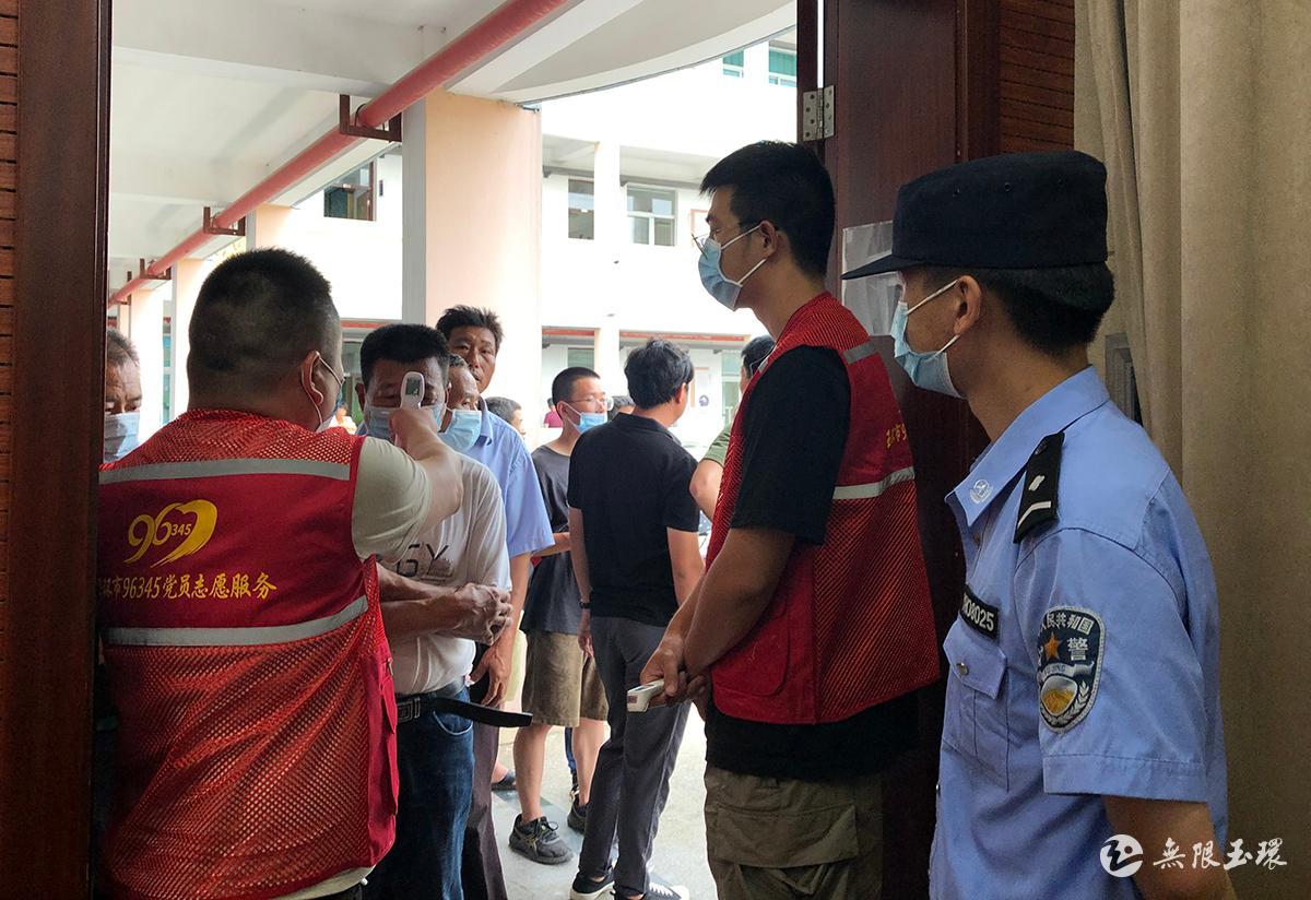 干江:转移人员1517人 确保台风期间人员平安